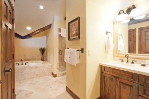 Deer Valley Vacation Rentals - 2nd Bathroom