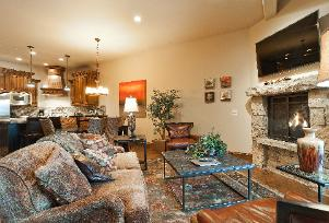The Canyons Ski Resort Vacation Rental - Juniper Great Room