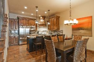 The Canyons Ski Resort Vacation Rental - Juniper dining