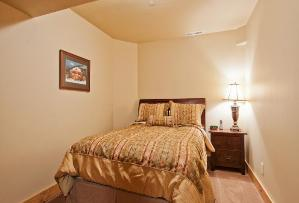 Park City Vacation Rental - 2nd Bedroom with Queen Bed