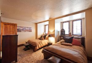 Park City Condo Rental - 3rd Bedroom with 2 Full Beds
