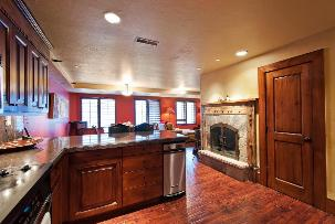 Park City Condo Rental - Designer Kitchen with Fireplace