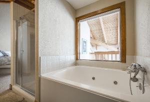 Deer Valley Vacation Rental - Master Bathroom