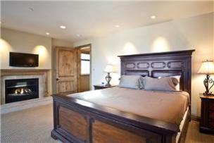 Park City Vacation Rental - Master bedroom w/ King bed, gas fireplace, TV