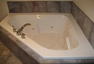 Park City Condo Vacation Rental Property - Jacuzzi Tub