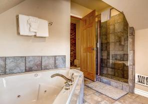 Park City Vacation Rental - Upstairs Bath