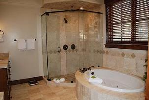 ParK City vacation rental - Silver Star master bathroom